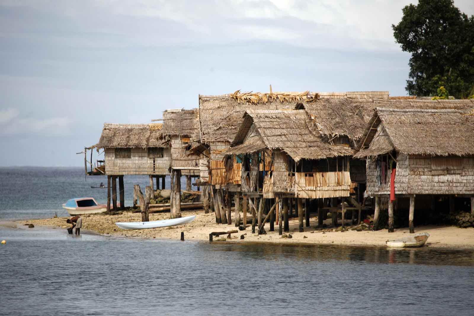 Houses in Auki, Solomon Islands (Photo: Rob Maccoll/DFAT/Flickr)
