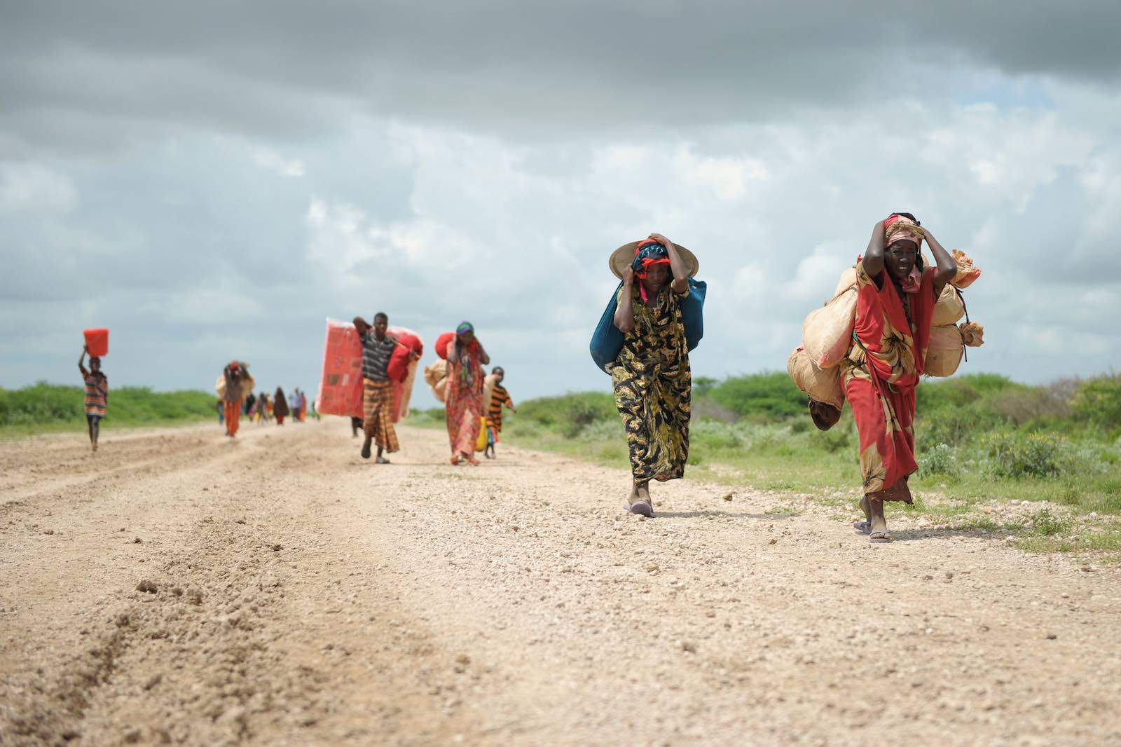 Women arrive at a camp for internally displaced people near Jowhar, Somalia, November 2013 (Tobin Jones/UN Photo/Flickr)