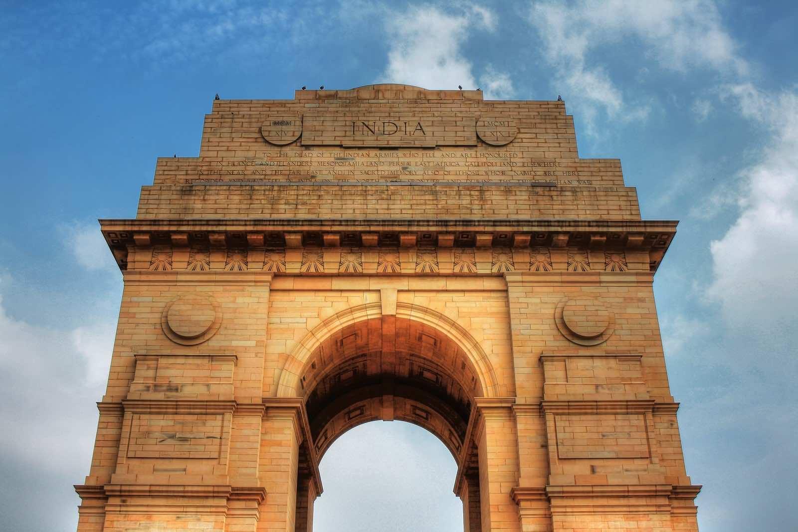 India Gate, designed by Sir Edwin Lutyens, in New Delhi (Daniel Mennerich/Flickr)