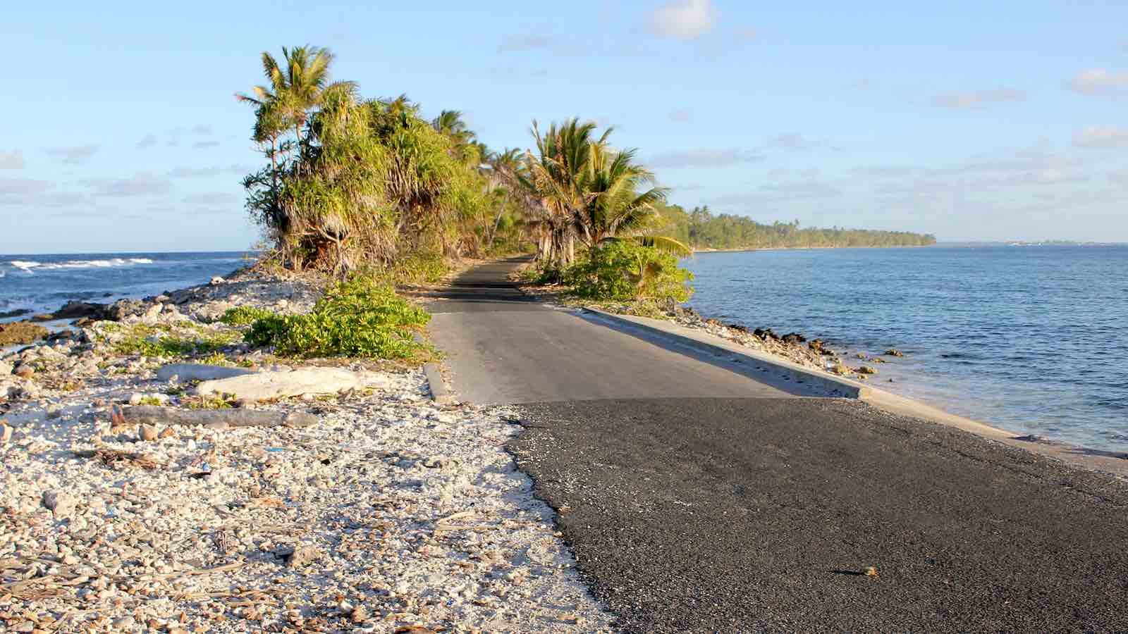 On the road in Tuvalu (Photo: DFAT/Flickr)