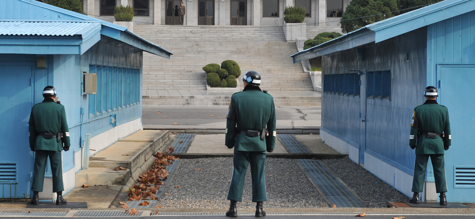 South Korea has, in a colossal strategic error, placed its capital just thirty miles from the border. (Photo: Air Force Retiree Services)