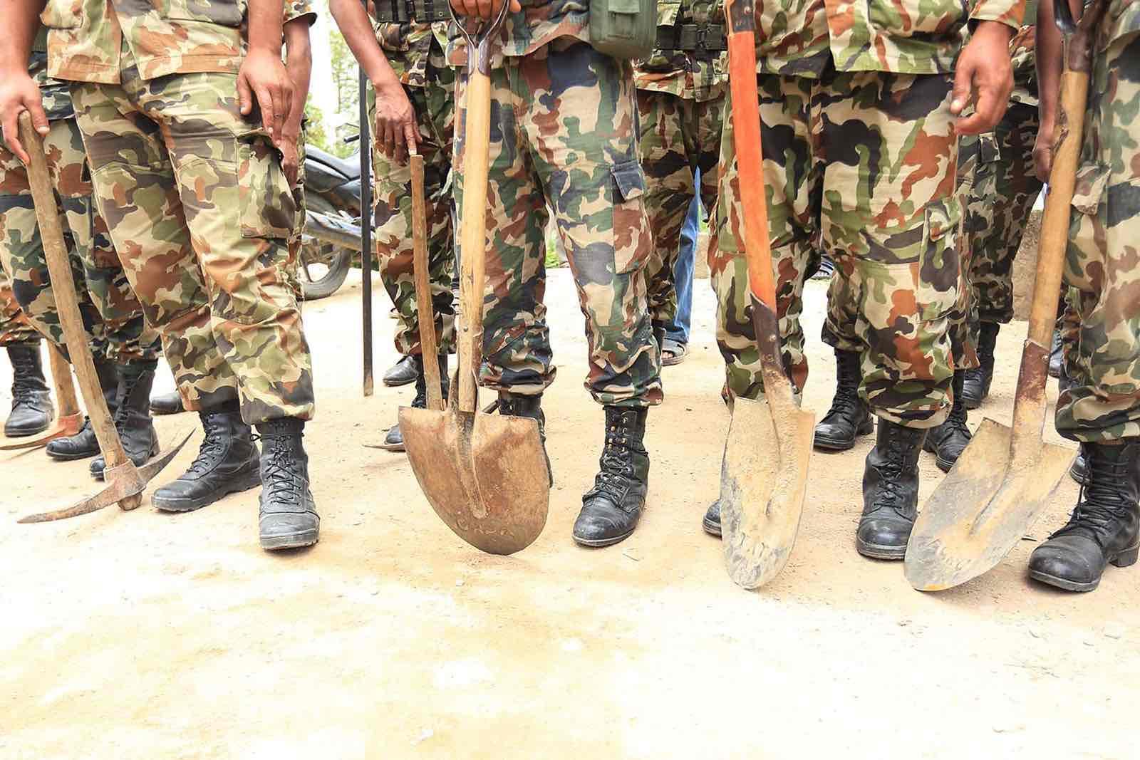Soldiers responding to the 2015 Nepal earthquake (Laxmi Prasad Ngakhusi/UNDP Nepal)