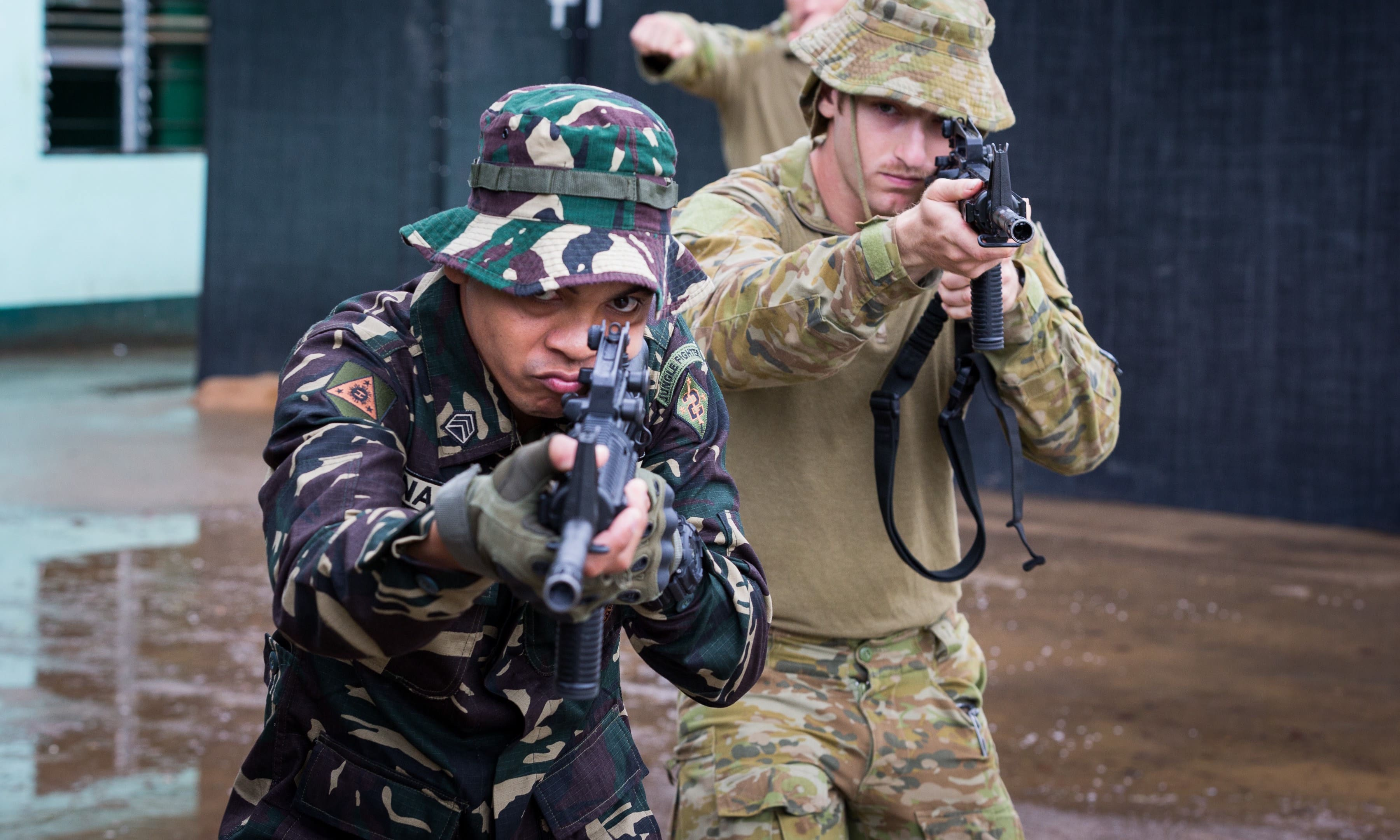 Australian and Filipino soldiers training urban close combat in November (Photo: Dept of Defence)