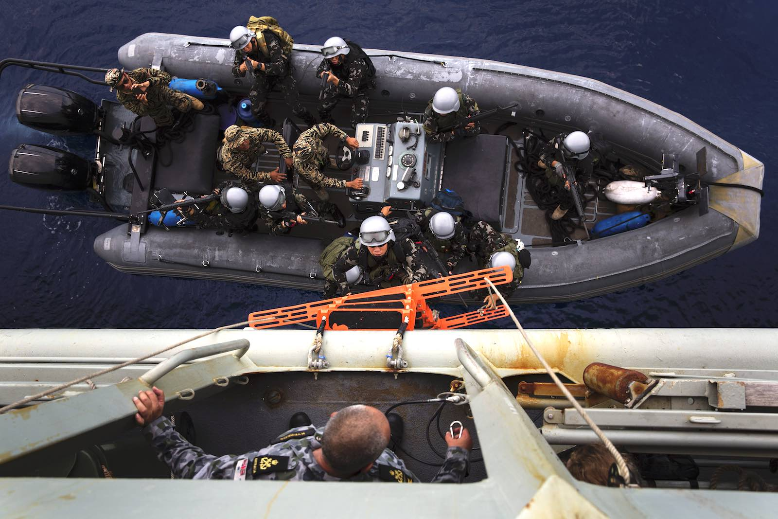 Members of the Armed Forces of the Philippines conduct a boarding exercise onboard HMAS Anzac as part of Exercise Lumbas 2018 (Department of Defence)