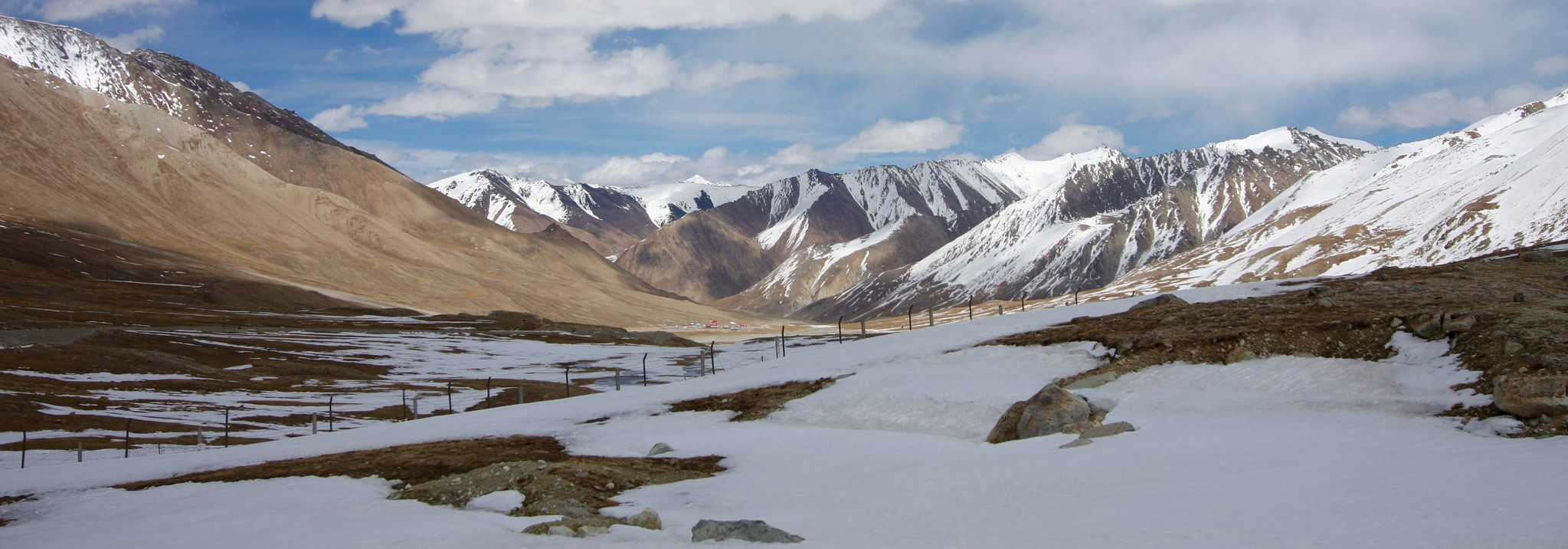 Near Khunjerab Pass, on the China-Pakistan border, 2016 (Photo: Johannes Zielcke/Flickr)