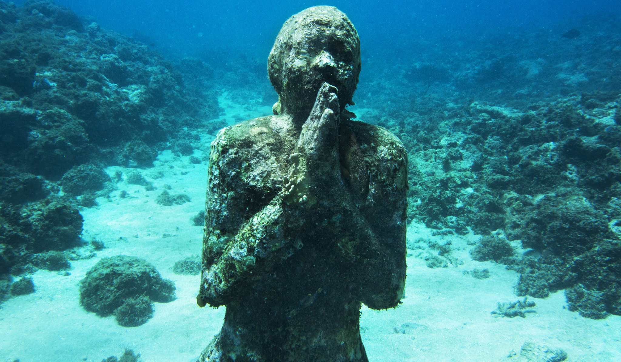 Underwater sculptures at Molinere Bay, Grenada (Photo: UNEP/Flickr)
