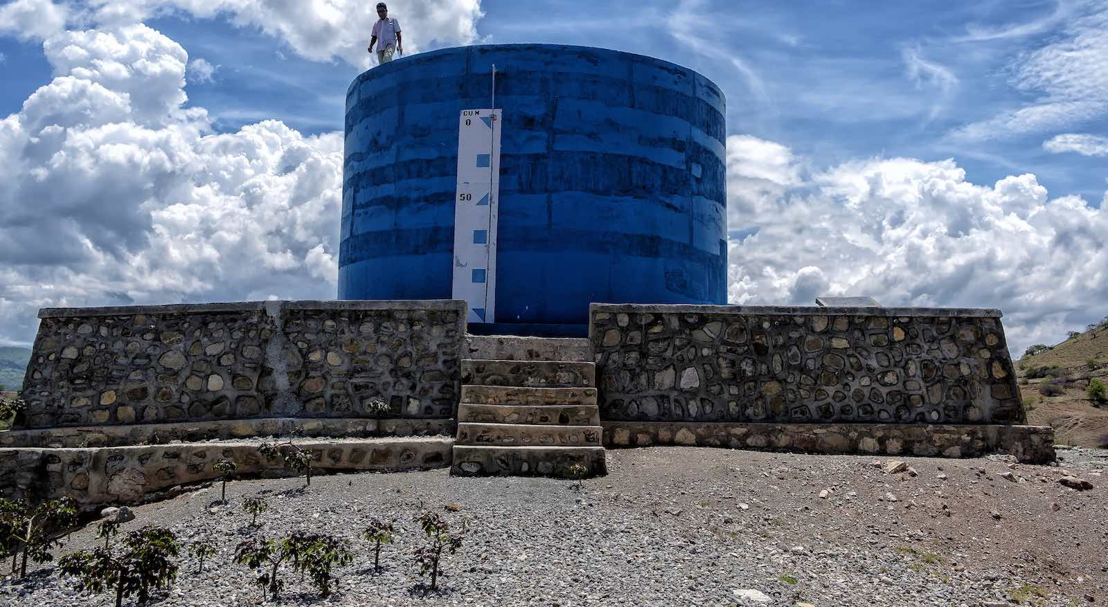 Water tanks near Hatubela village, east of Dili, Timor-Leste (Photo: ADB/Flickr)