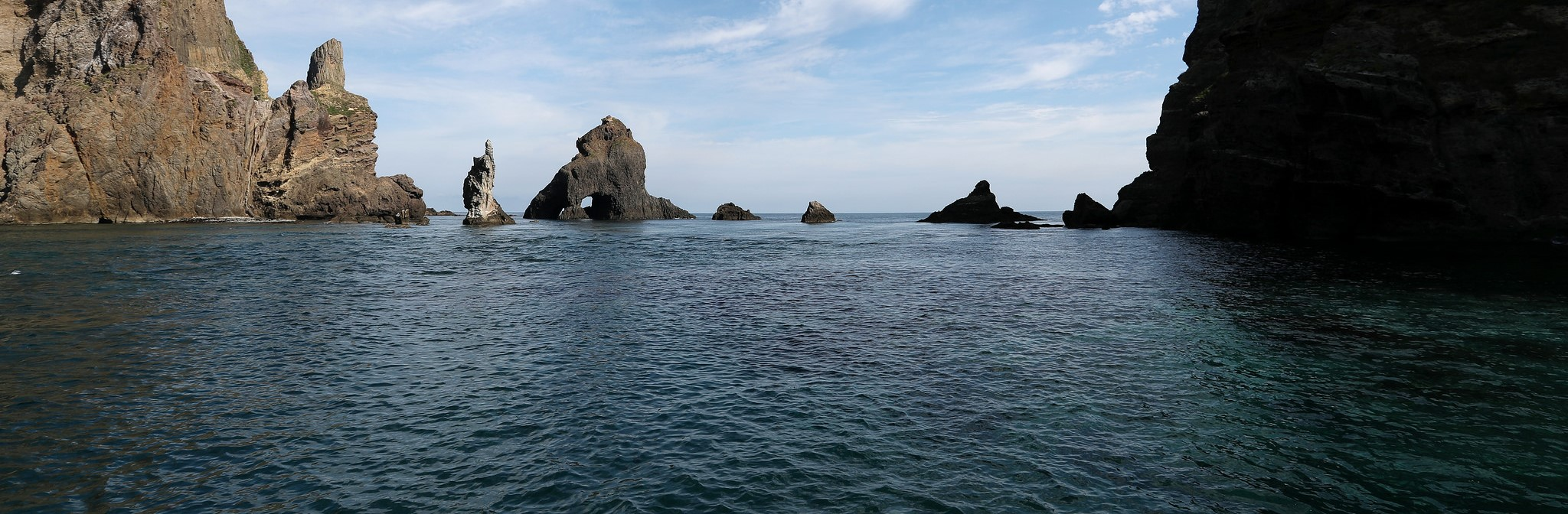 The Dokdo/Takeshima islands (Photo: Republic of Korea/Flickr)