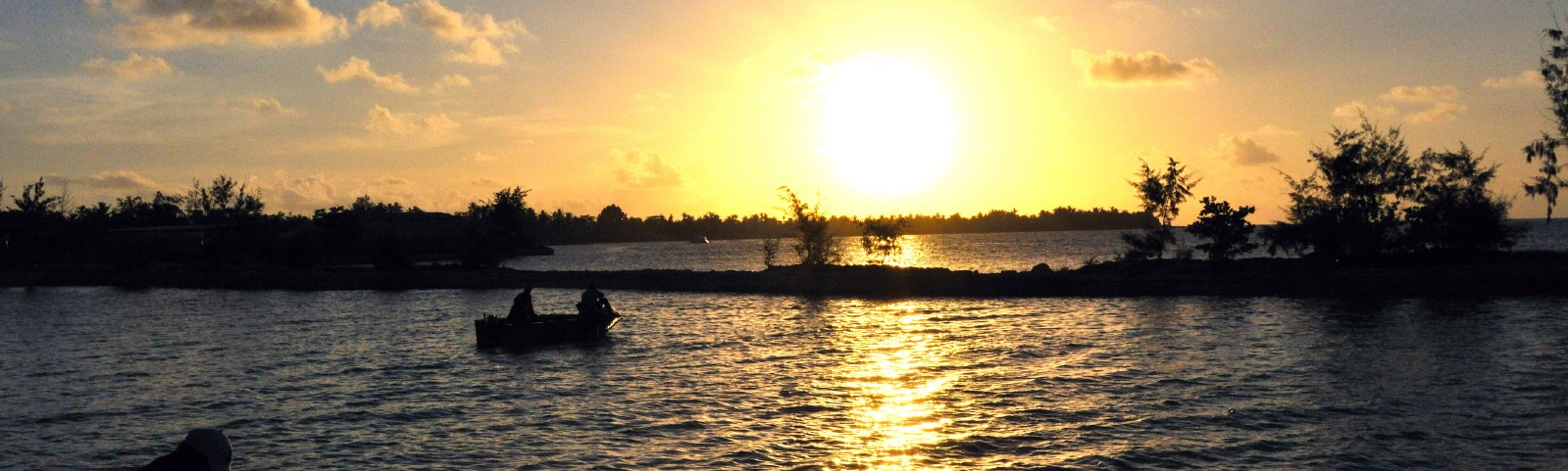 Betio harbour, 2008 (Photo: jopolopy/Flickr)