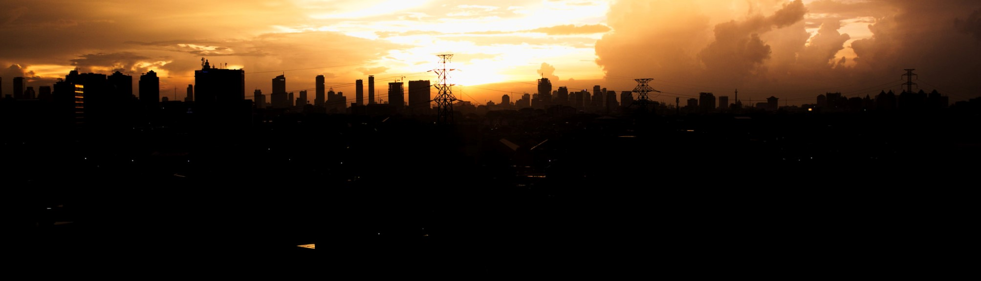 Sunset in Jakarta, March 2017 (Photo: Flickr/Heidy Tirta)