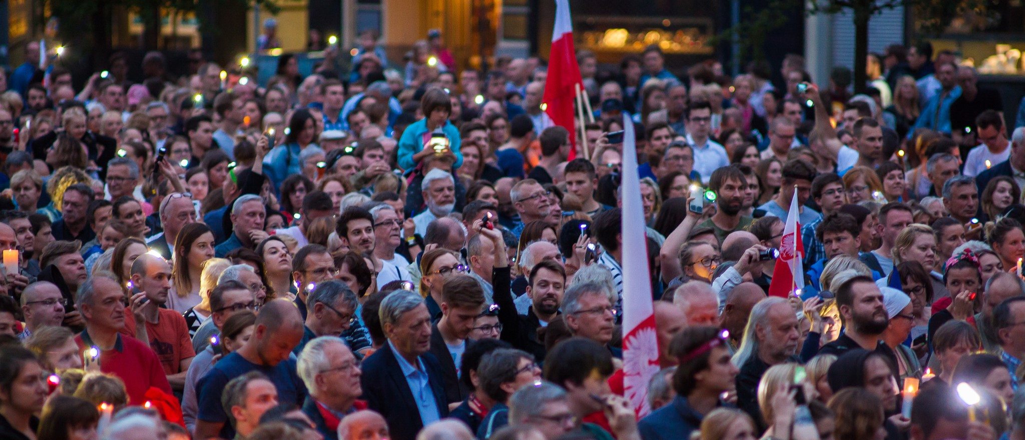 A protest against proposed judicial reforms in Poznan, Poland, July 2017 (Photo: Flickr/Sakuto)