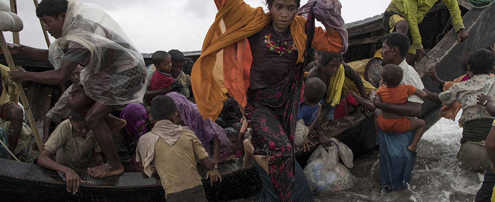 Rohingya refugees attempt to escape Myanmar (Photo: Jordi Bernabeu Farrús via Flickr)