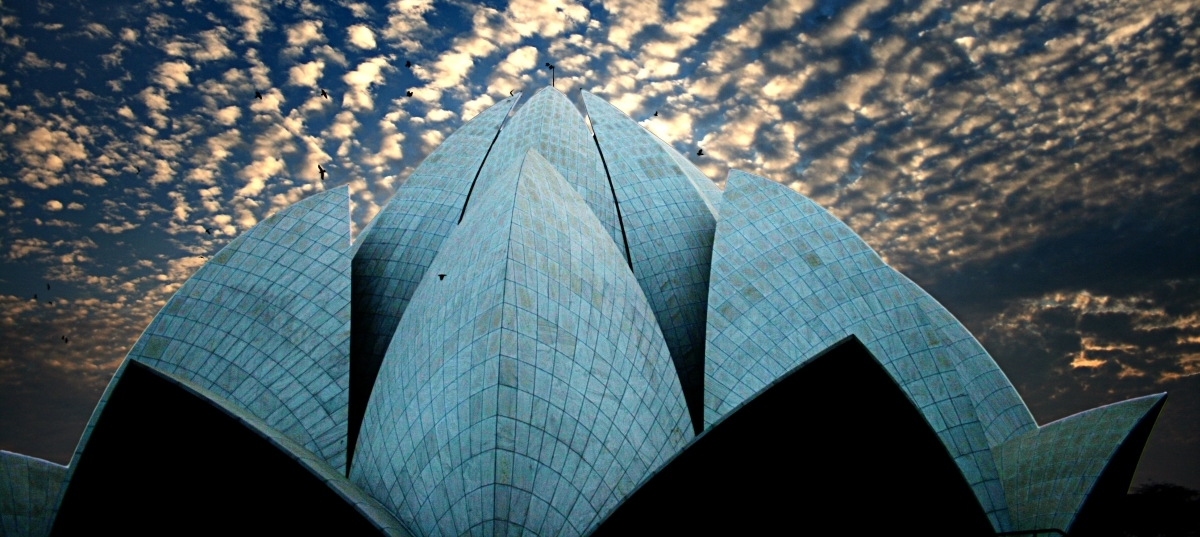 Lotus Temple, Delhi (Photo: Adib Roy/Flickr)