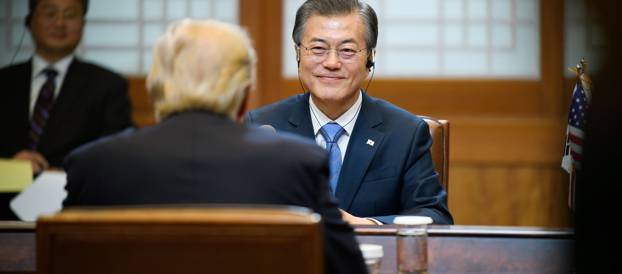 South Korean President Moon Jae-in meeting with US President Donald Trump, November 2017 (Photo: Republic of Korea/Flickr)