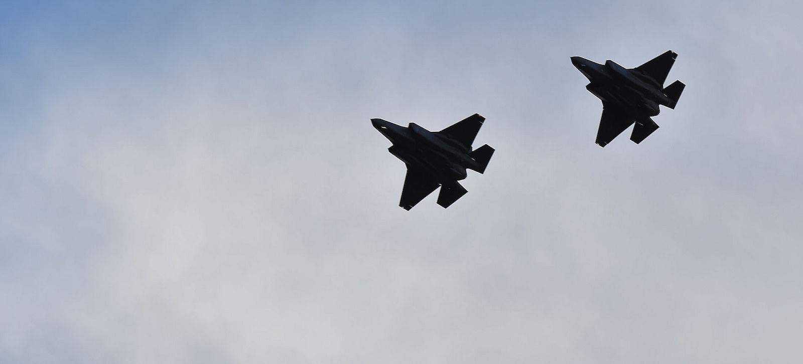 Fly-by of the Norwegian F-35 Joint Strike Fighter aircraft (Photo: NATO/Flickr)