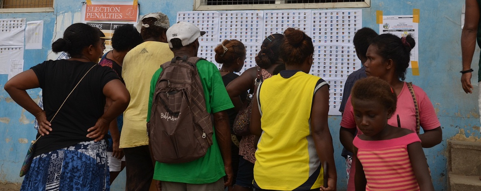 Voters at the 2014 election (photo: RAMSI Images/ Flickr)