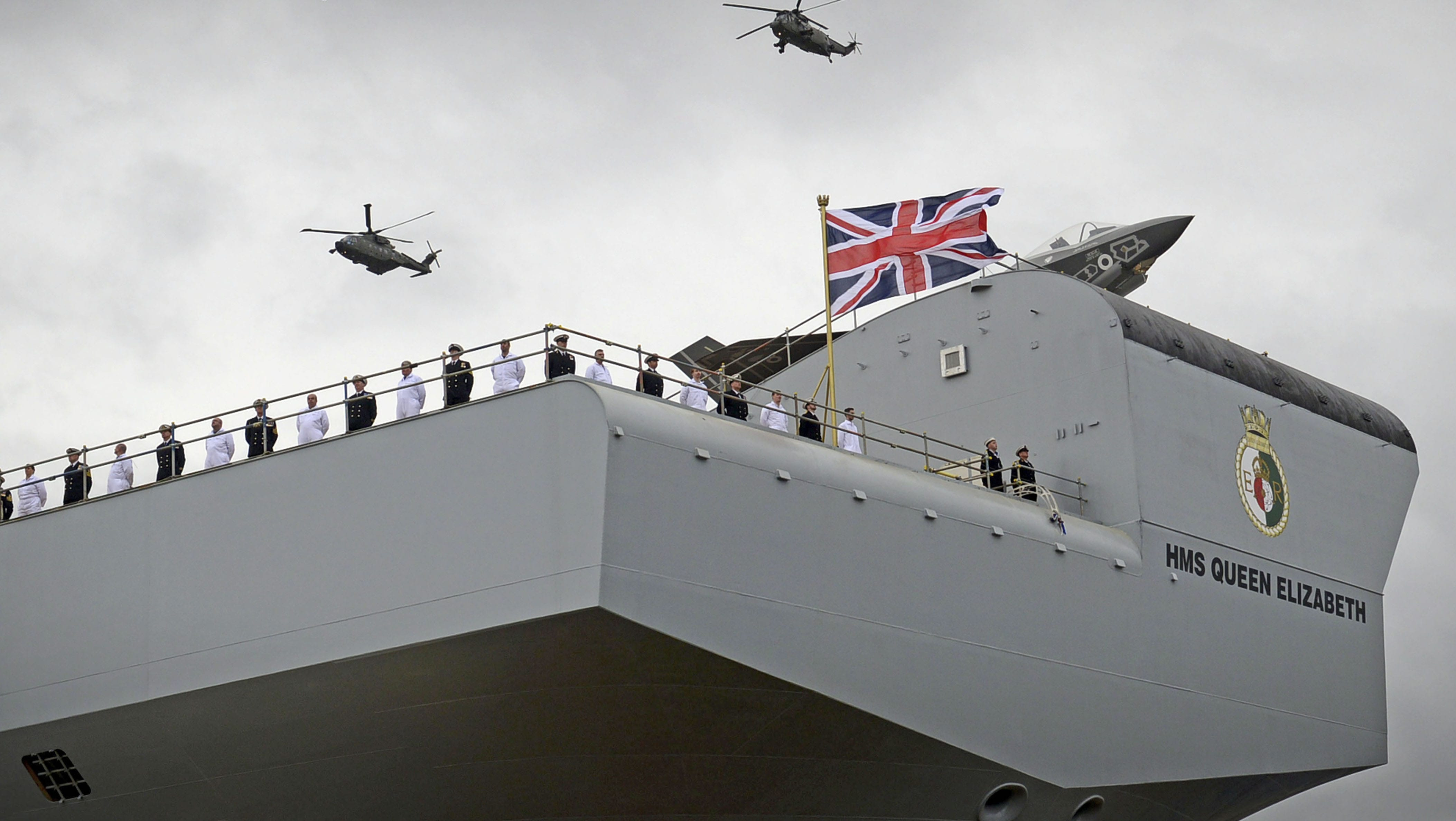 The naming ceremony for Britain's aircraft carrier HMS Queen Elizabeth (Photo: Ministry of Defence, UK)