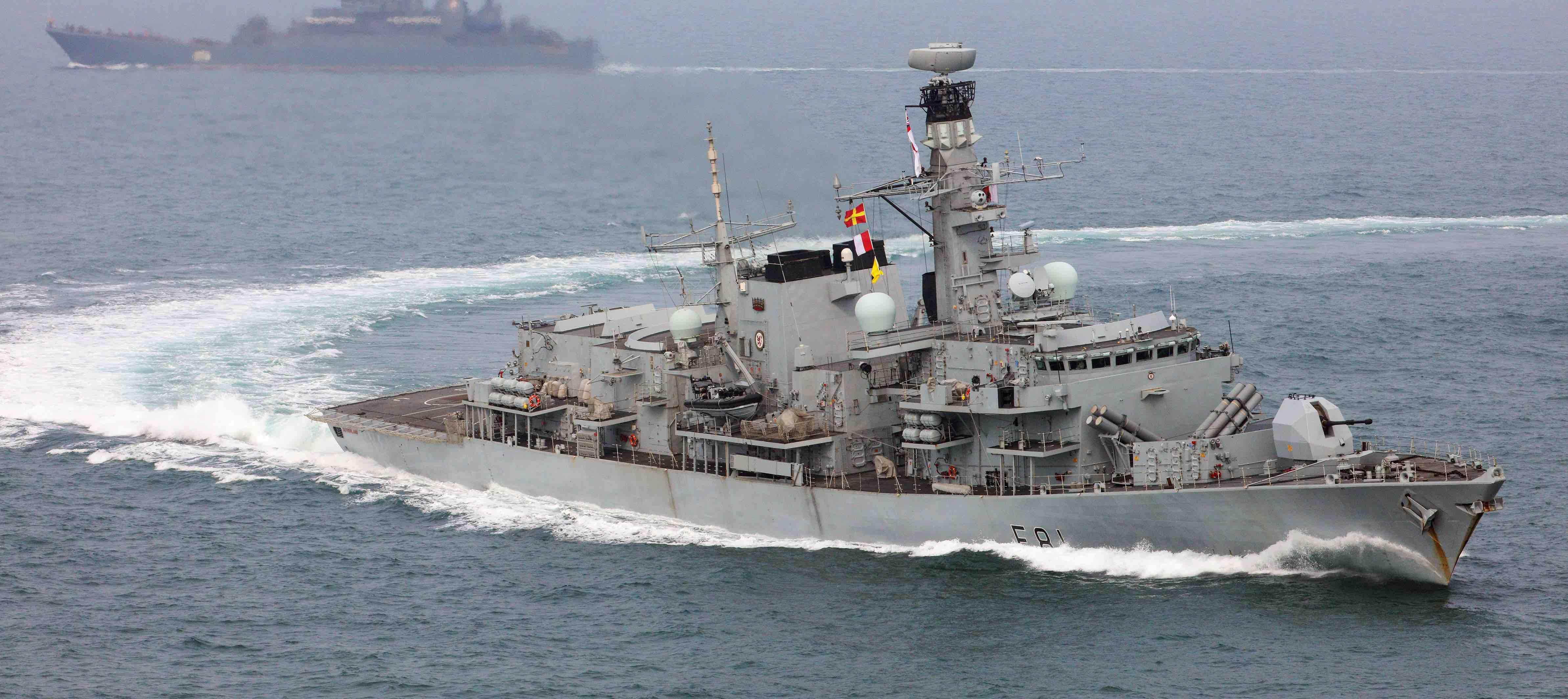 HMS Sutherland on patrol (Photo: Ministry of Defence, UK)