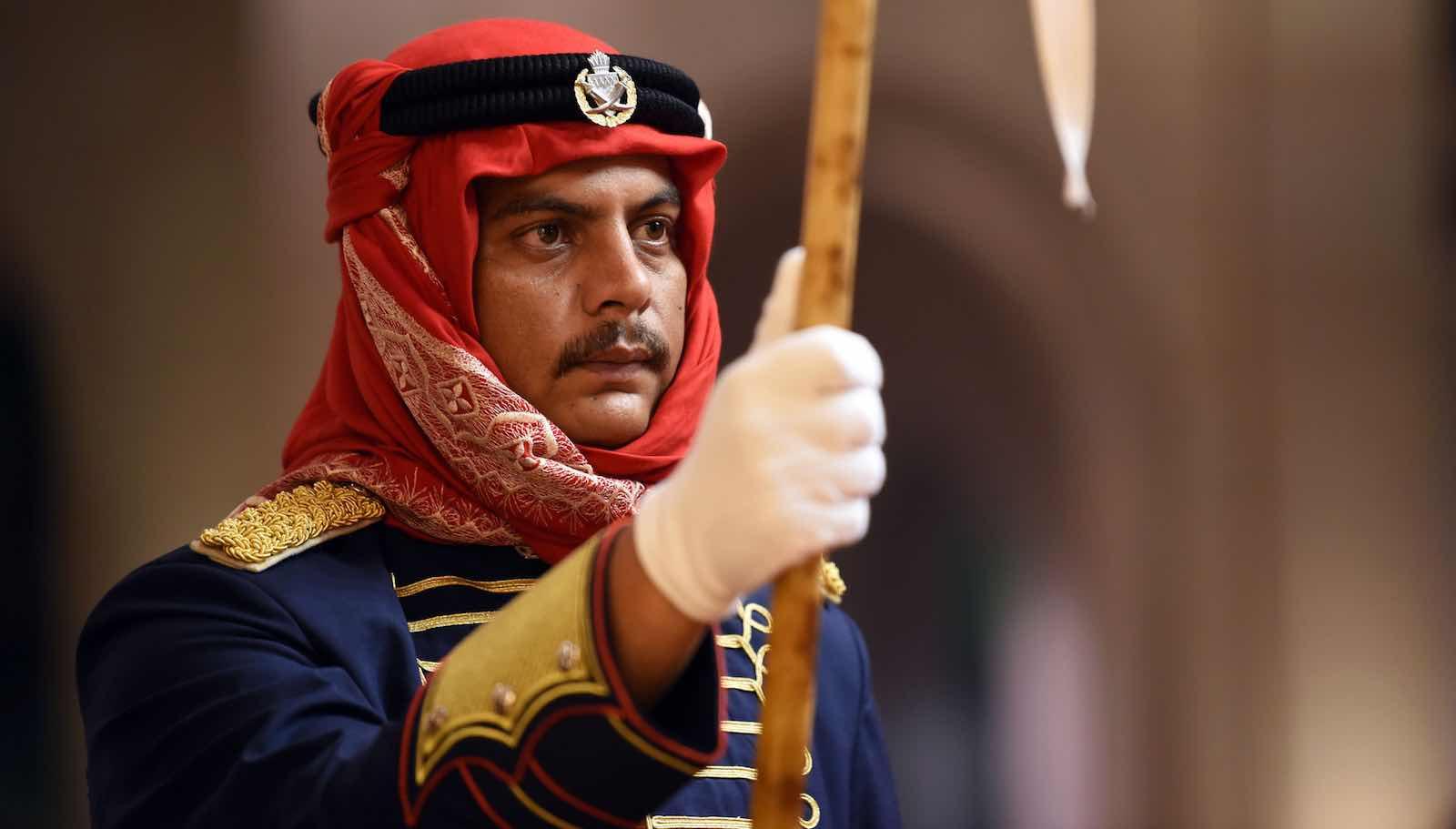 Bahraini ceremonial guards during the visit of US Secretary of Defense James Mattis (Photo: James N. Mattis/Flickr)