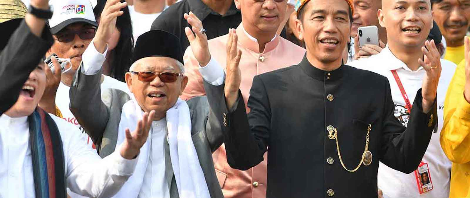 Indonesia's President Joko Widodo (R) and his running mate Ma'ruf Amin (L) (Photo: andisanjaya/ Flickr)
