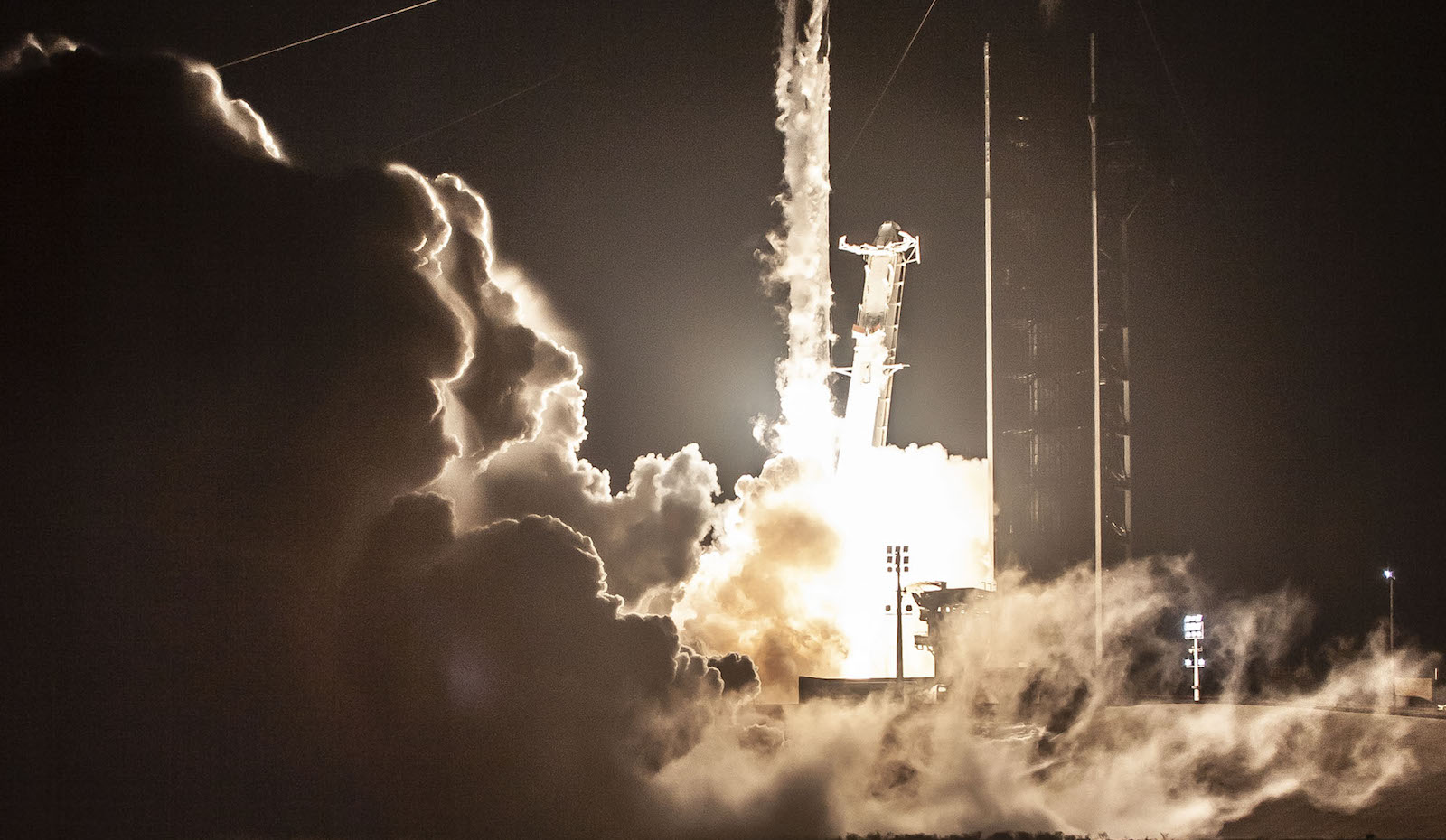 Launch of the crew-carrying orbital spacecraft (Photo: SpaceX)
