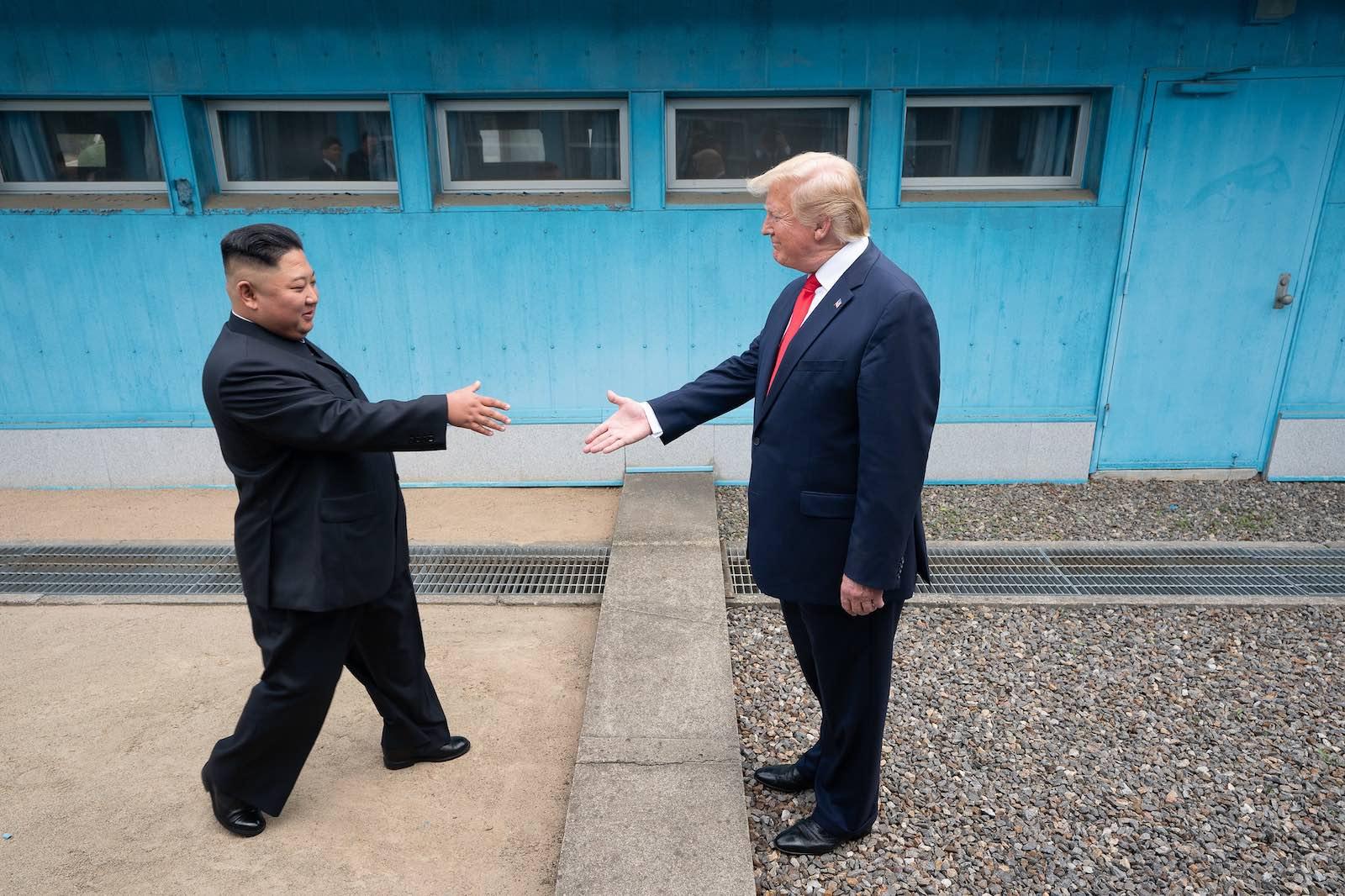 A handshake across the DMZ (White House/Flickr)
