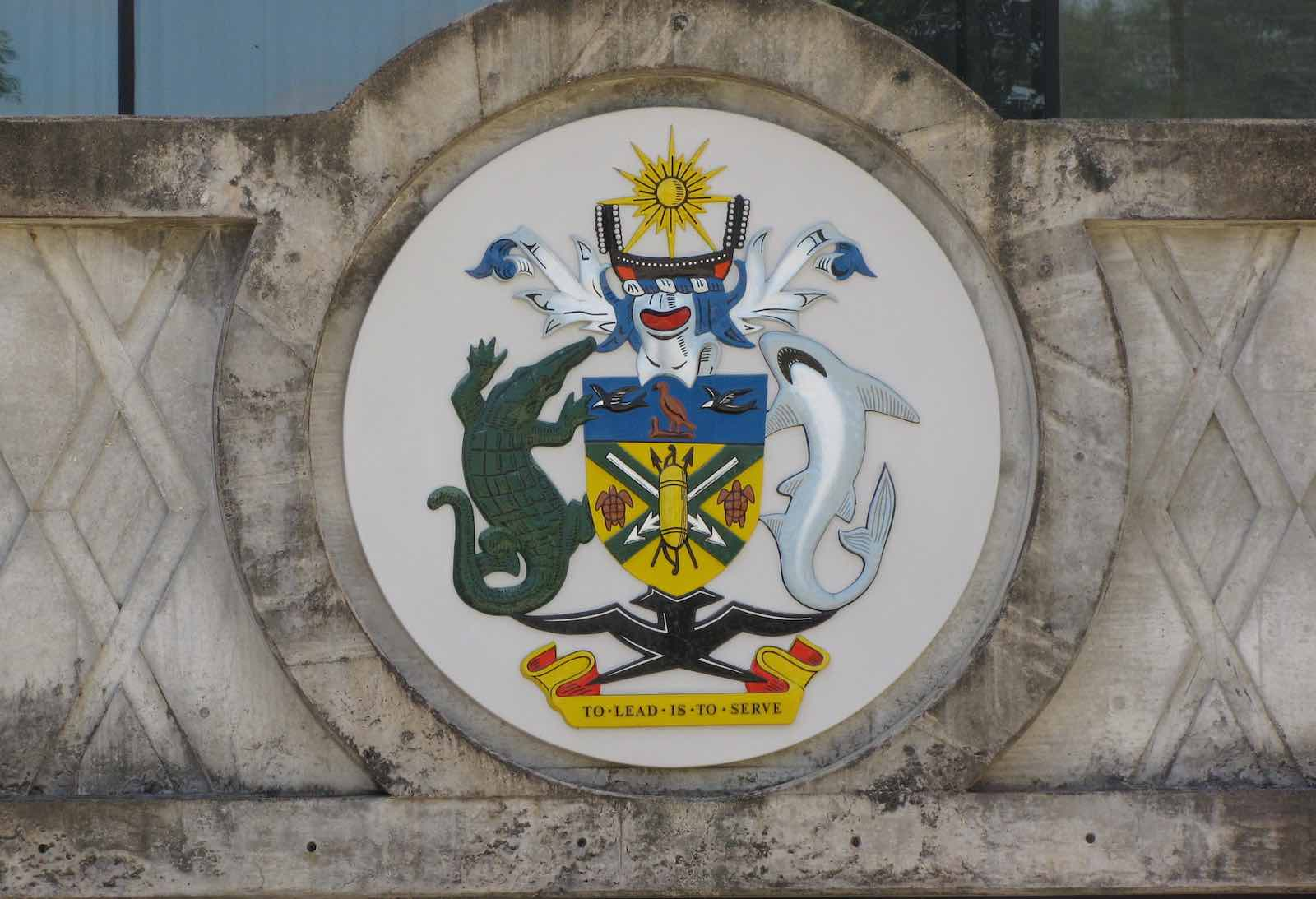 Coat of arms of Solomon Islands, Honiara (Photo: Christopher John SSF/Flickr)