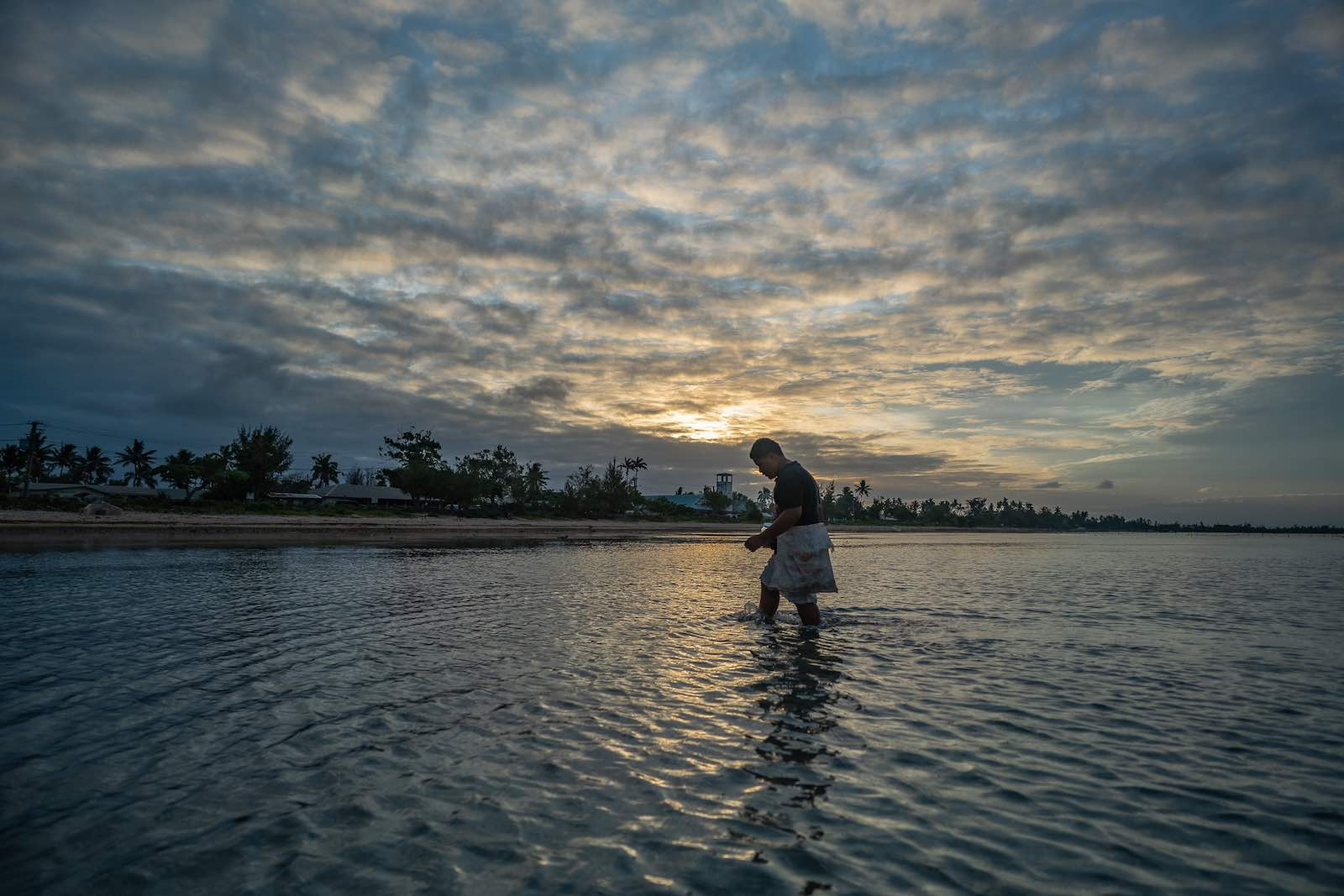 Early morning fishing, Tonga (ADB/Flickr)