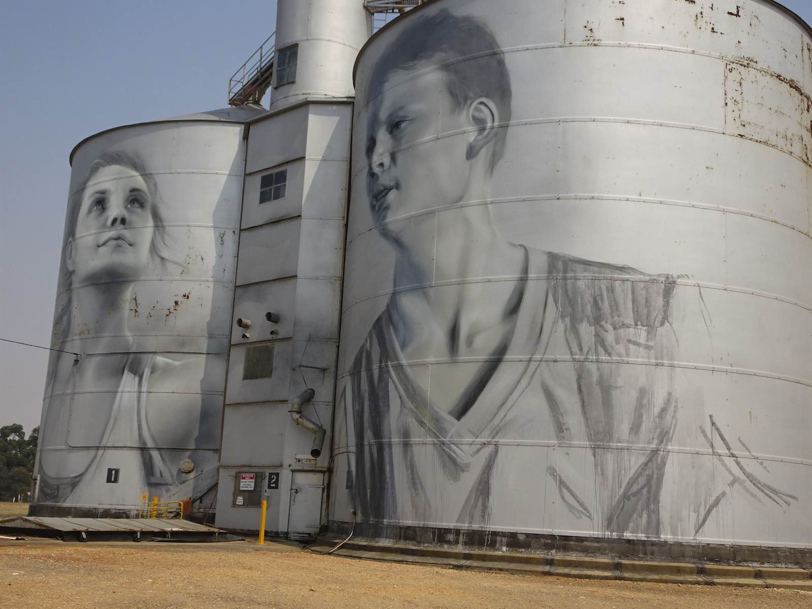 Painted grain silos in the Victorian town of Rupanyup, part of the Wimmera Silo Art Trail (denisbin/Flickr)