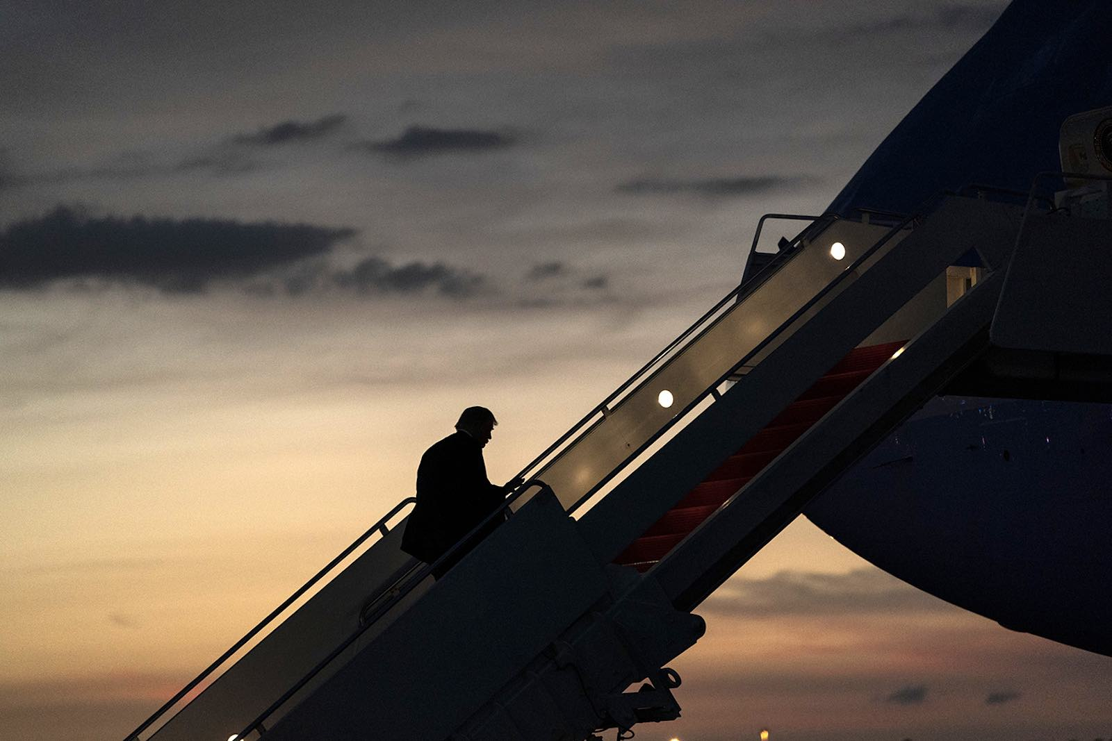 US President Donald Trump boarding Air Force One in Tampa, Florida, 31 July 2020 (White House/Flickr)