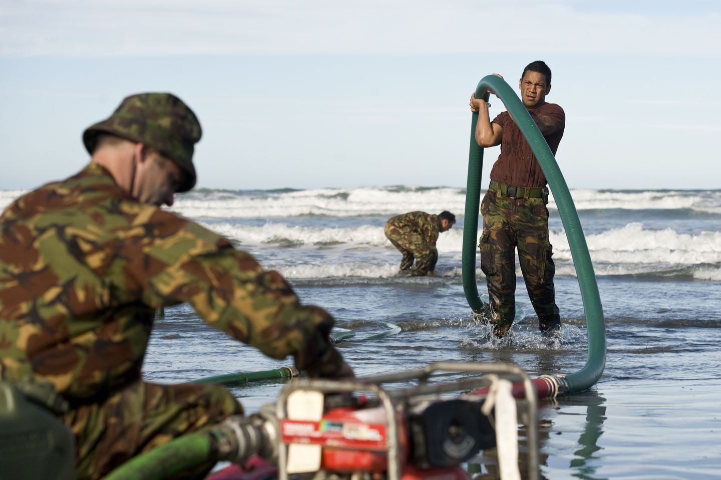 NZ Army Engineers set up desalinated water pumps for victims of the 2011 Christchurch earthquake (Photo: NZDF/Flickr)