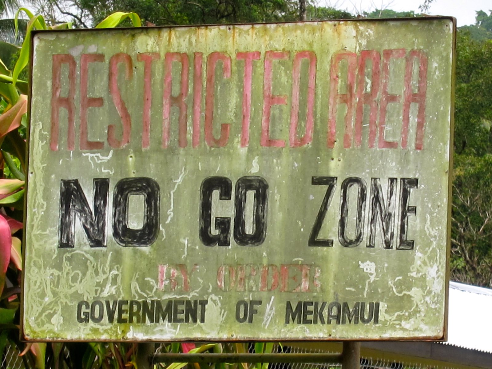 Mekamui separatists long closed off access to Panguna mine area (Photo: madlemurs/Flickr)