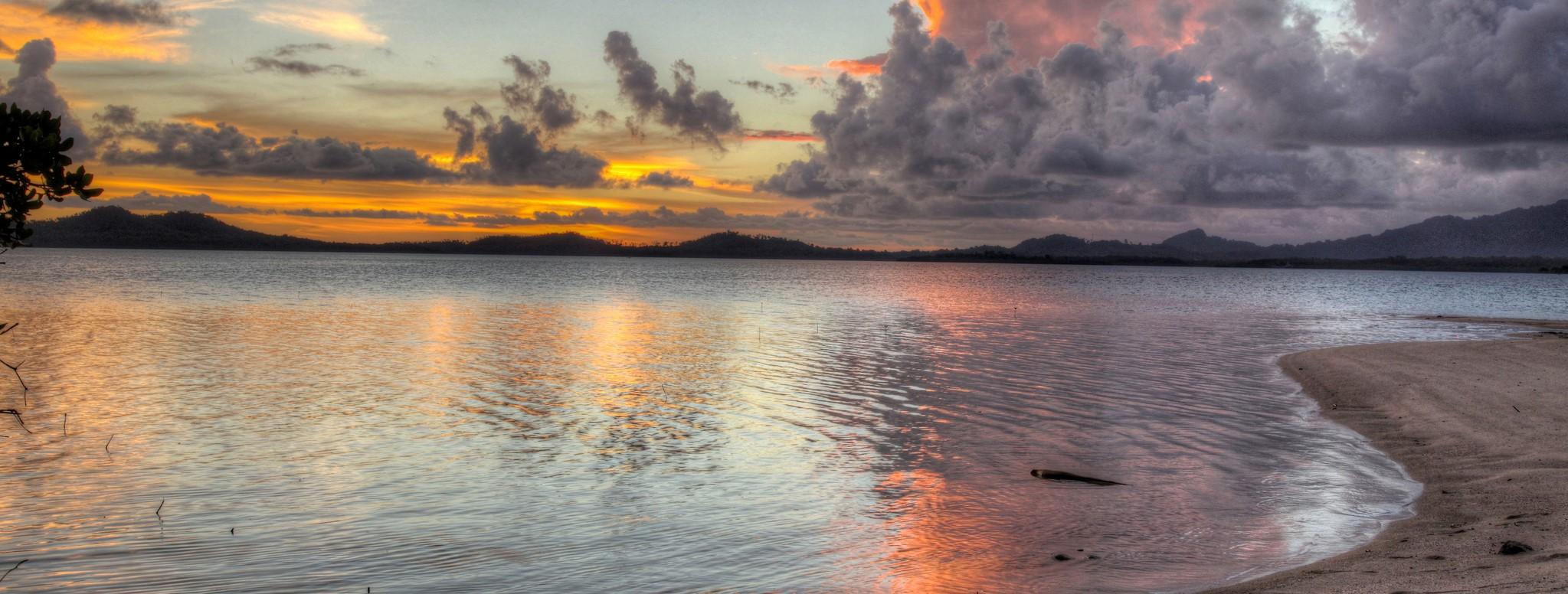 Bougainville (Photo: Jeremy Weate/Flickr)