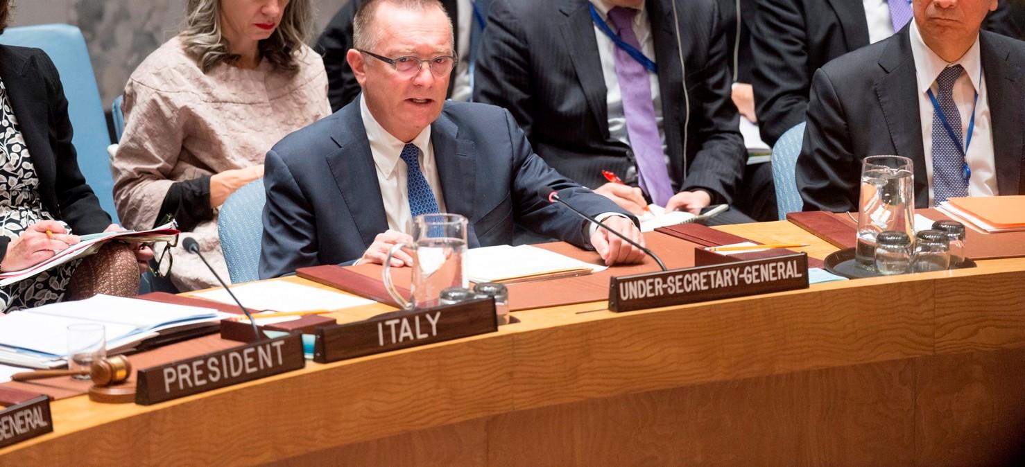 UN Under-Secretary-General for Political Affairs Jeffrey Feltman addresses the Security Council on North Korea's missile test, November 2017 (Photo: UN Photos)