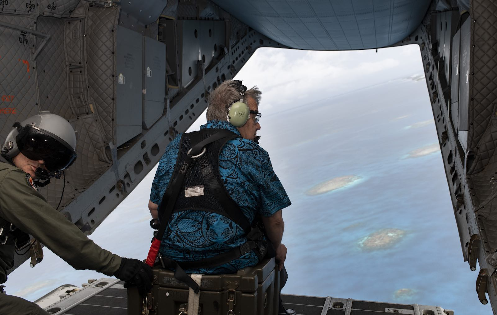 UN Secretary-General Antonio Guterres looks over the islands of Tuvalu (Photo: Mark Garten/United Nations)