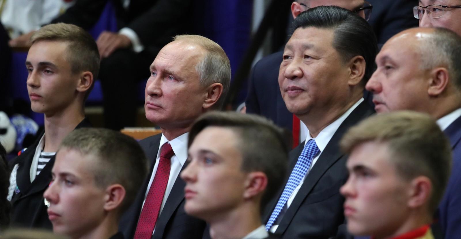 Russia's Vladimir Putin and China's Xi Jinping on Tuesday at talks in Vladivostok (Photo: Kremlin.ru)