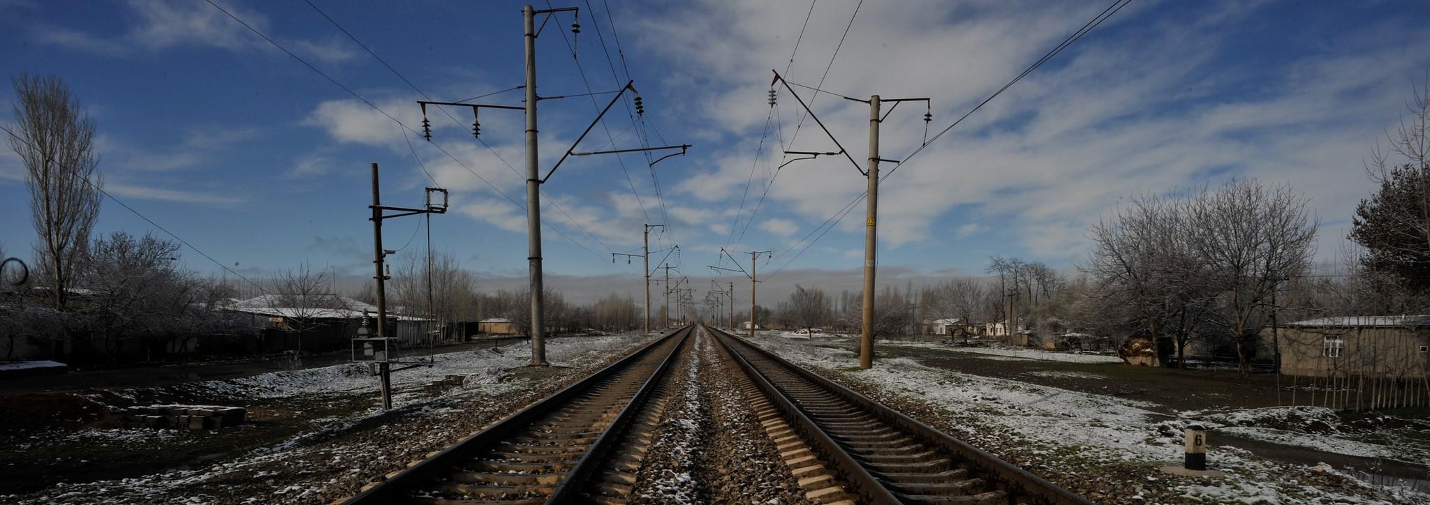 Railway modernisation in Uzbekistan (Photo: Flickr/ADB)