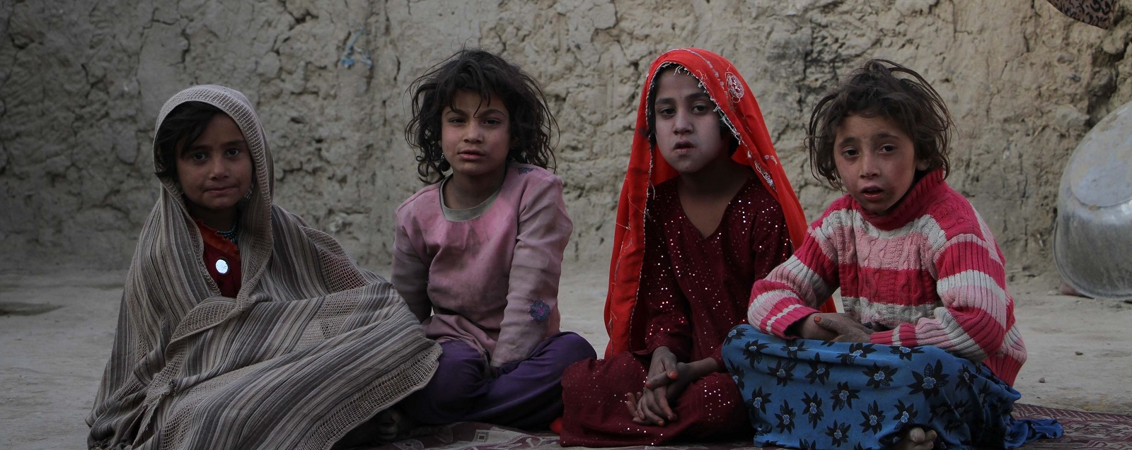 Displaced Afghan children at a refugee camp in Kabul (Photo:Haroon Sabawoon/Getty Images)