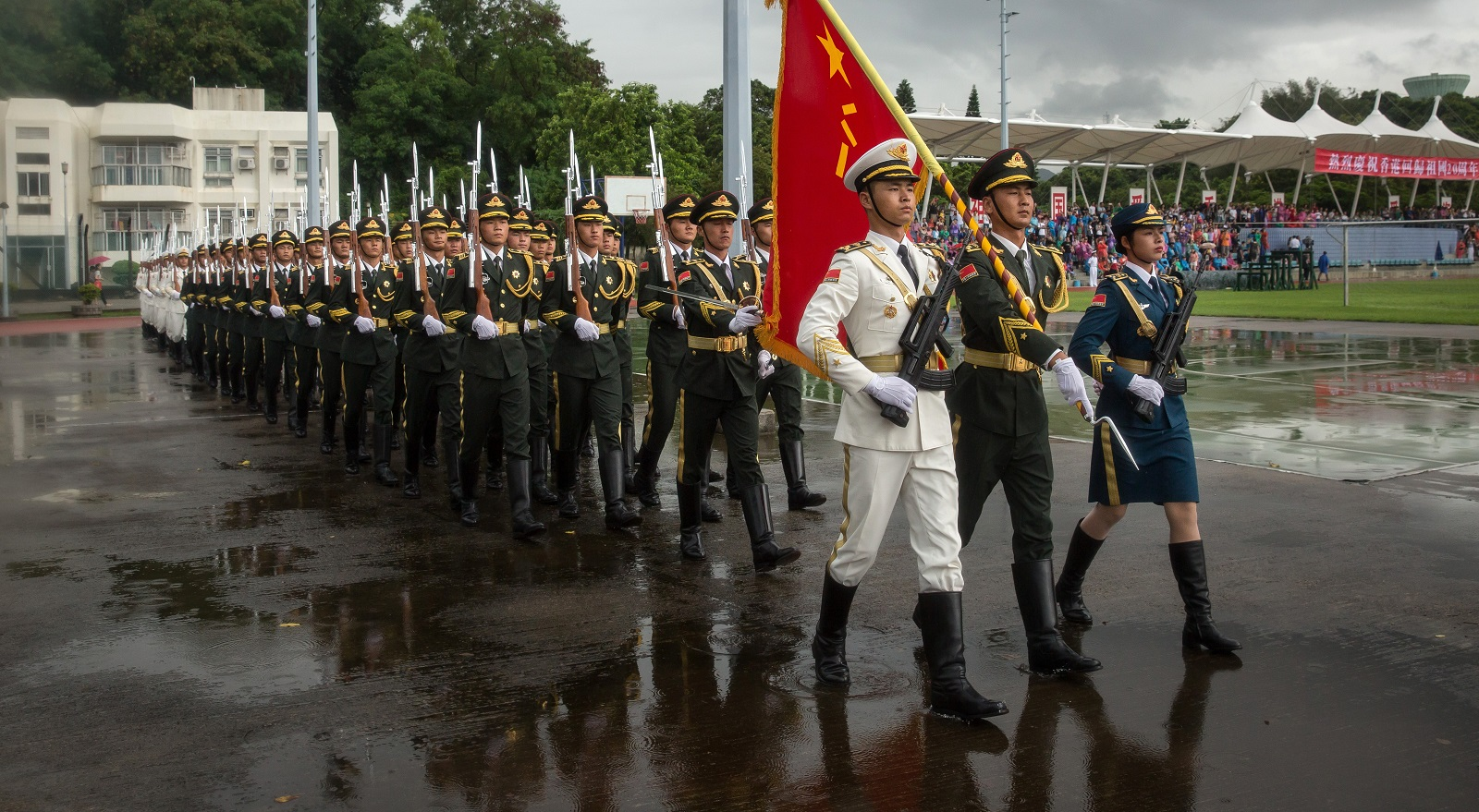 Members of the People's Liberation Army at an open day at the Ngong Suen Chau Barracks in Hong Kong, China, on 8 July. (Photo: Billy Kwok/Getty)