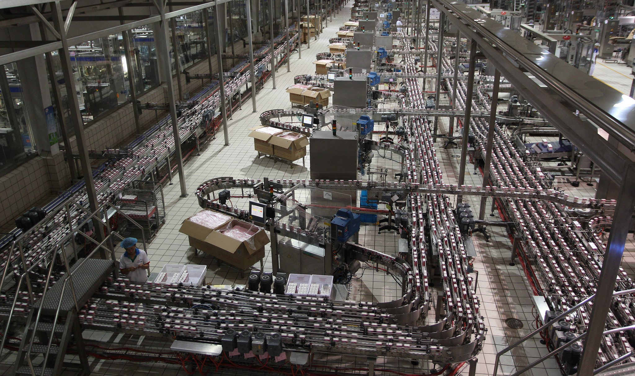 Yili Industrial Group dairy product plant, China (Photo: Flickr/ADB)