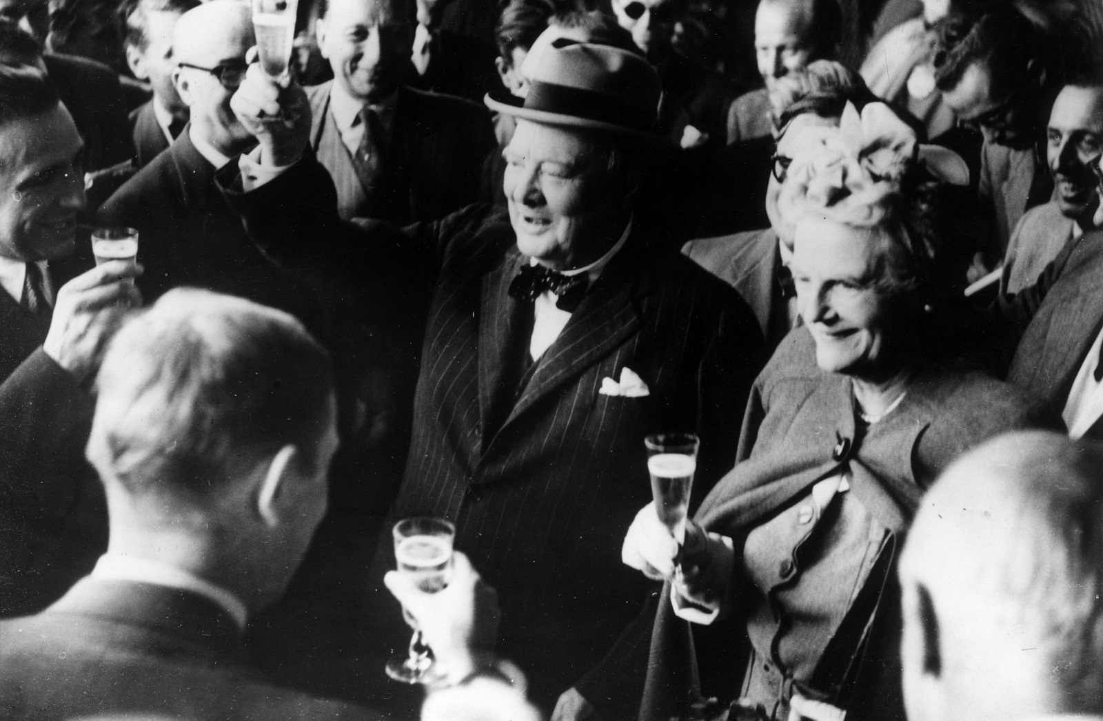 Winston Churchill and his wife in Zurich, a few days before delivering the 'United Sates of Europe' speech (Photo: Keystone/Getty Images)