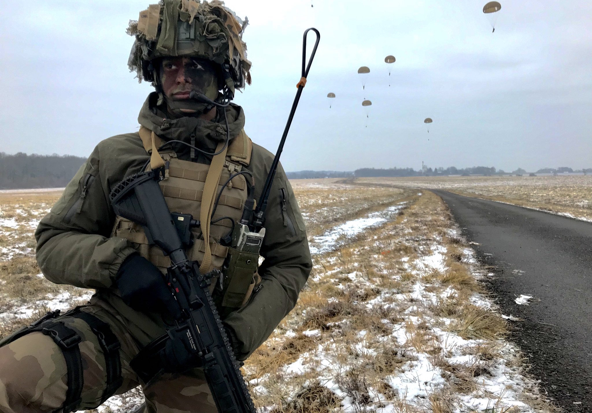 French paratroopers in training in February (Photo: Armee de Terre/Twitter)