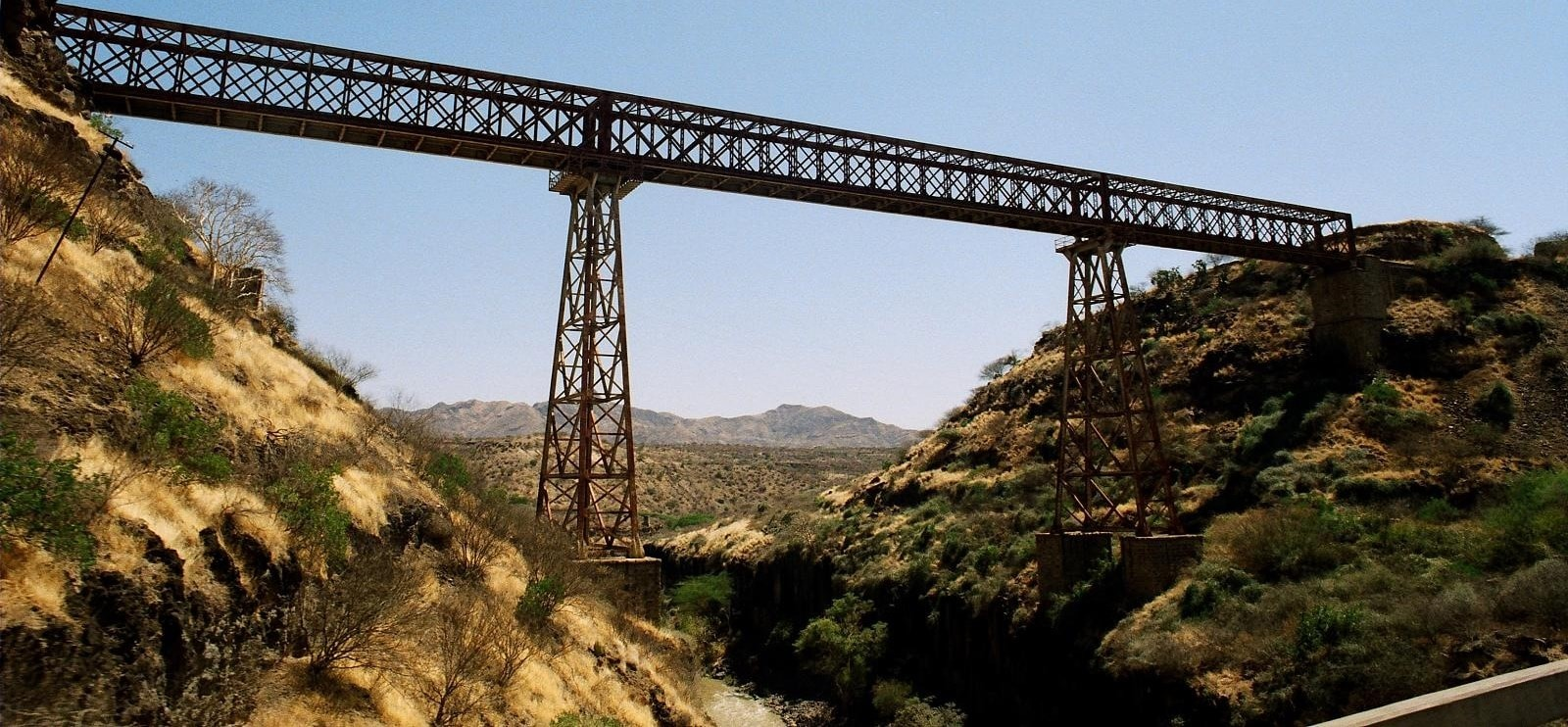 Railway bridge in Ethiopia (Photo: Tristam Sparks/Flickr)