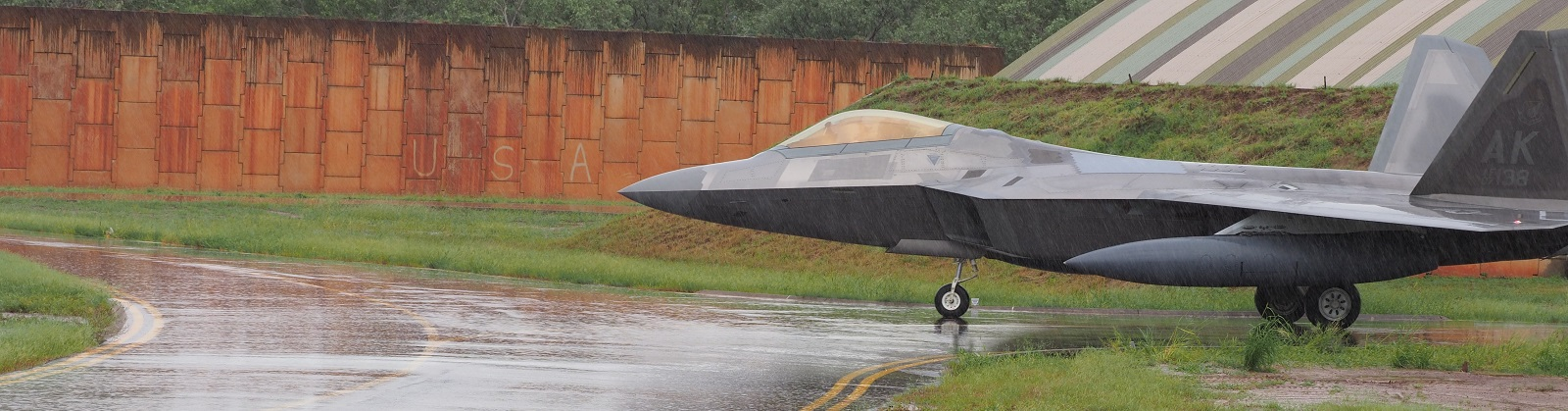 The first group of USAF F22s arrives at RAAF Tindal (Photo: Defence Image Library)