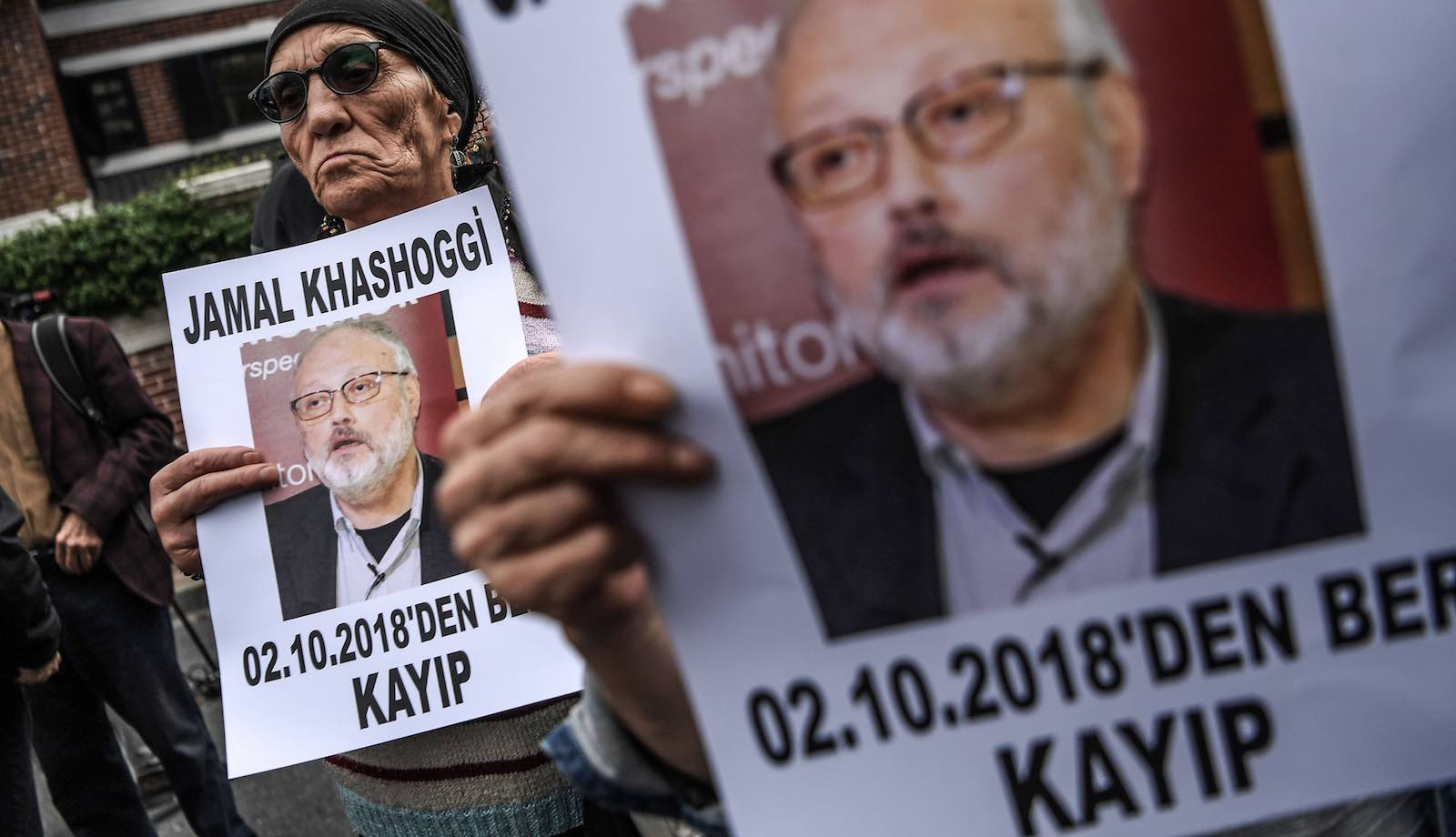 Demonstrators outside the Saudi consulate in Istanbul where journalist Jamal Khashoggi was last seen alive (Photo: Ozan Kose via Getty)