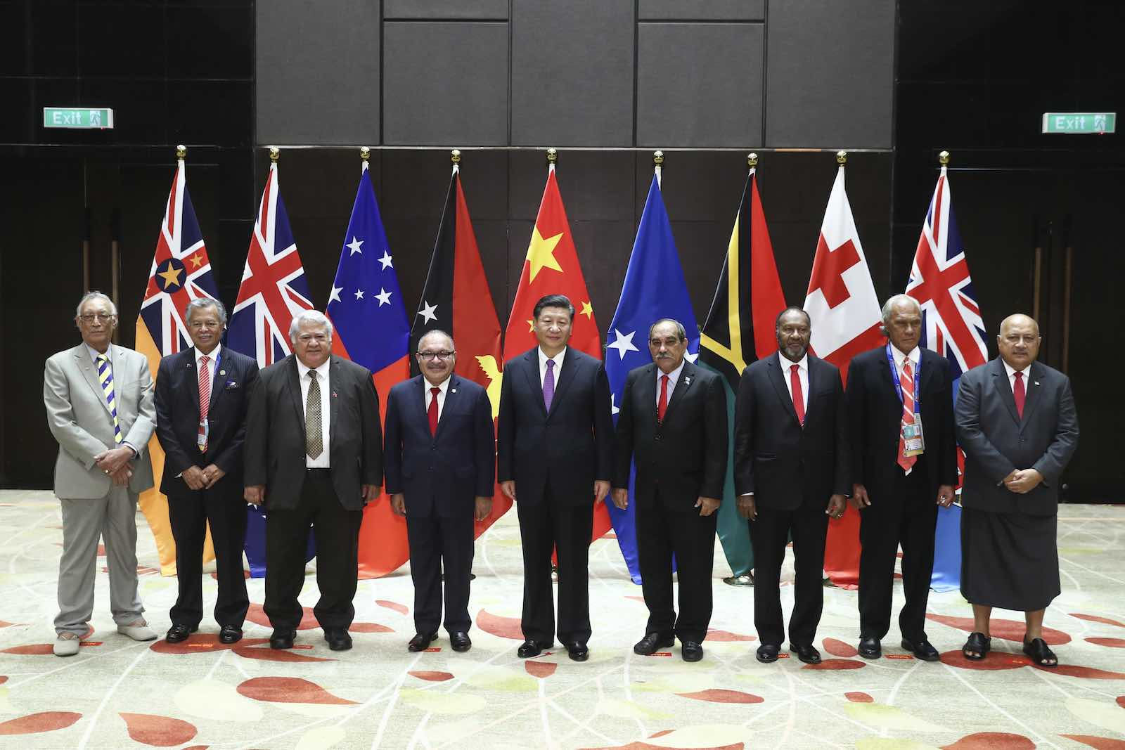 Chinese President Xi Jinping (centre) with Pacific Island leaders at the APEC Summit in Port Moresby, Papua New Guinea, November 2018. (Photo: Sheng Jiapeng/China News Service via Getty Images)