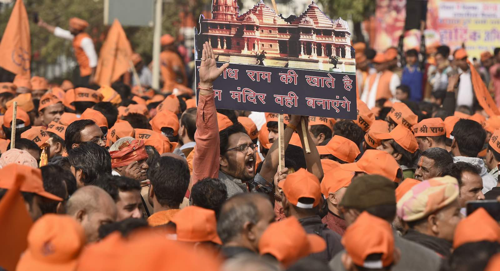 Supporters of the Vishva Hindu Parishad press their demands for the construction of Ram Temple in Ayodhya (Photo: Burhaan Kinu via Getty)