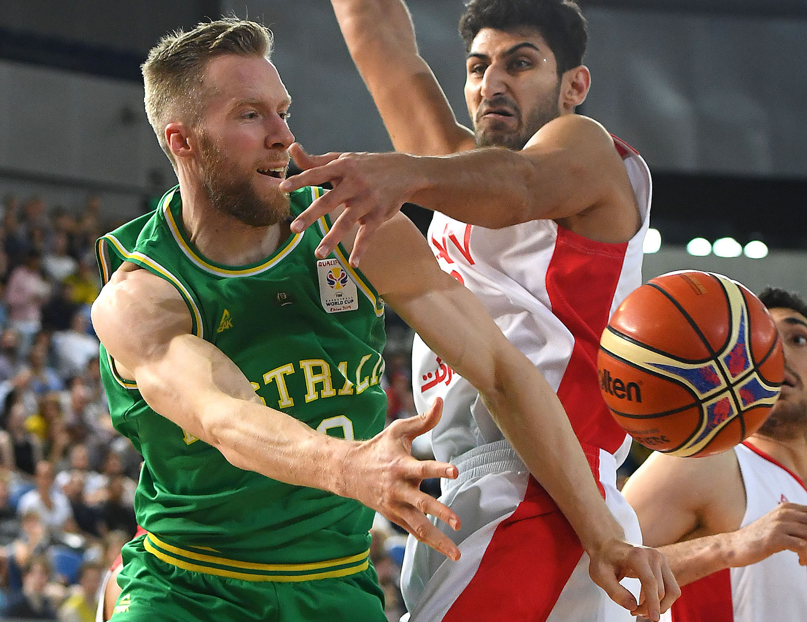 Australia plays Iran in a FIBA World Cup Qualifying match on 30 November in Melbourne (Photo: Quinn Rooney/Getty)
