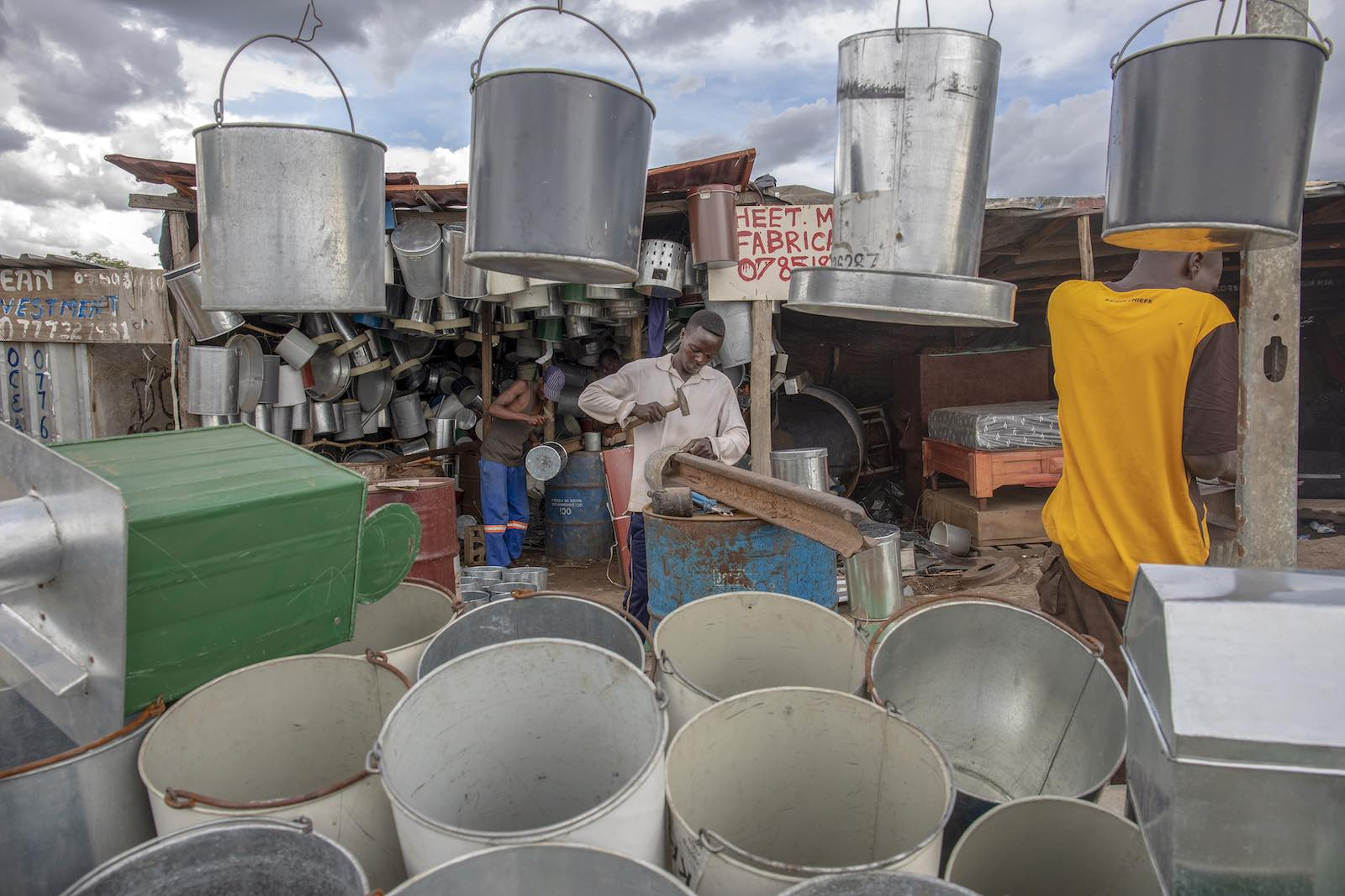 Scrapyard sales, Harare, Zimbabwe (Photo: Cynthia R Matonhodze via Getty)