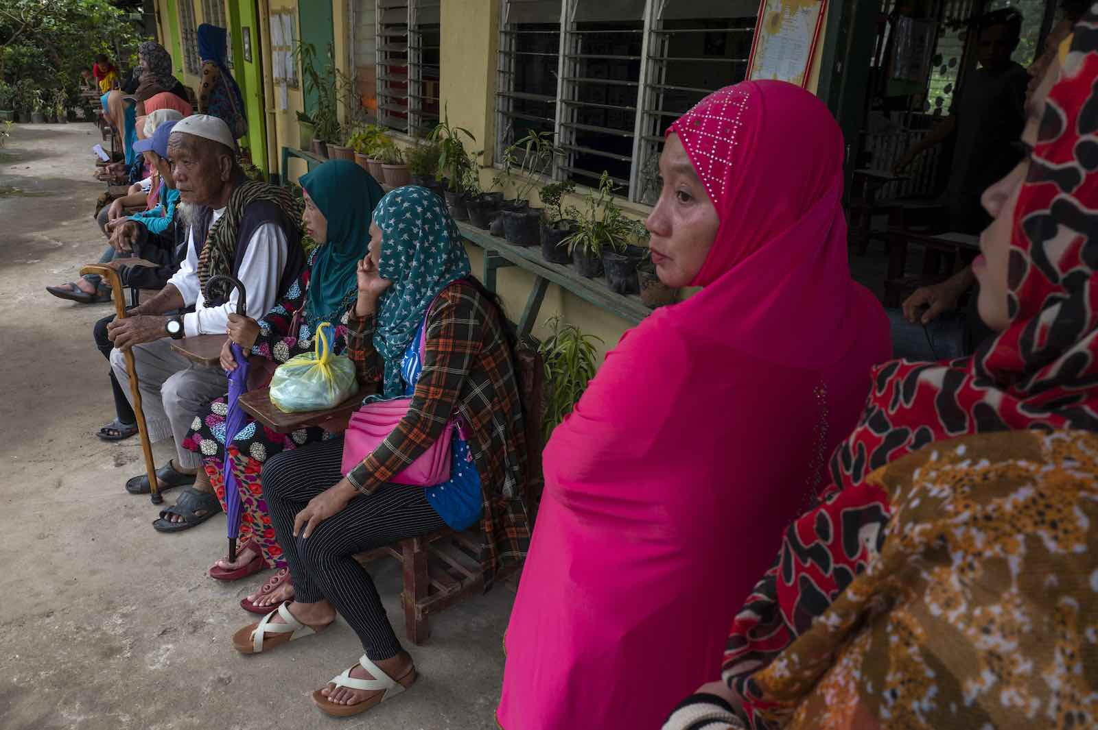 Residents wait to vote on an autonomy referendum, 6 February 2019, Salvador, Lanao del Norte, southern Philippines (Jes Aznar/Getty Images)